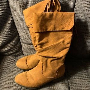 Girls tall boots size 5